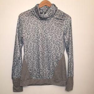 Tops - Leopard long sleeve